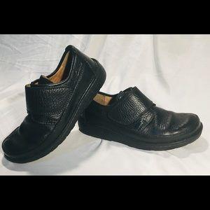Clark's Rushton black leather loafer size 8